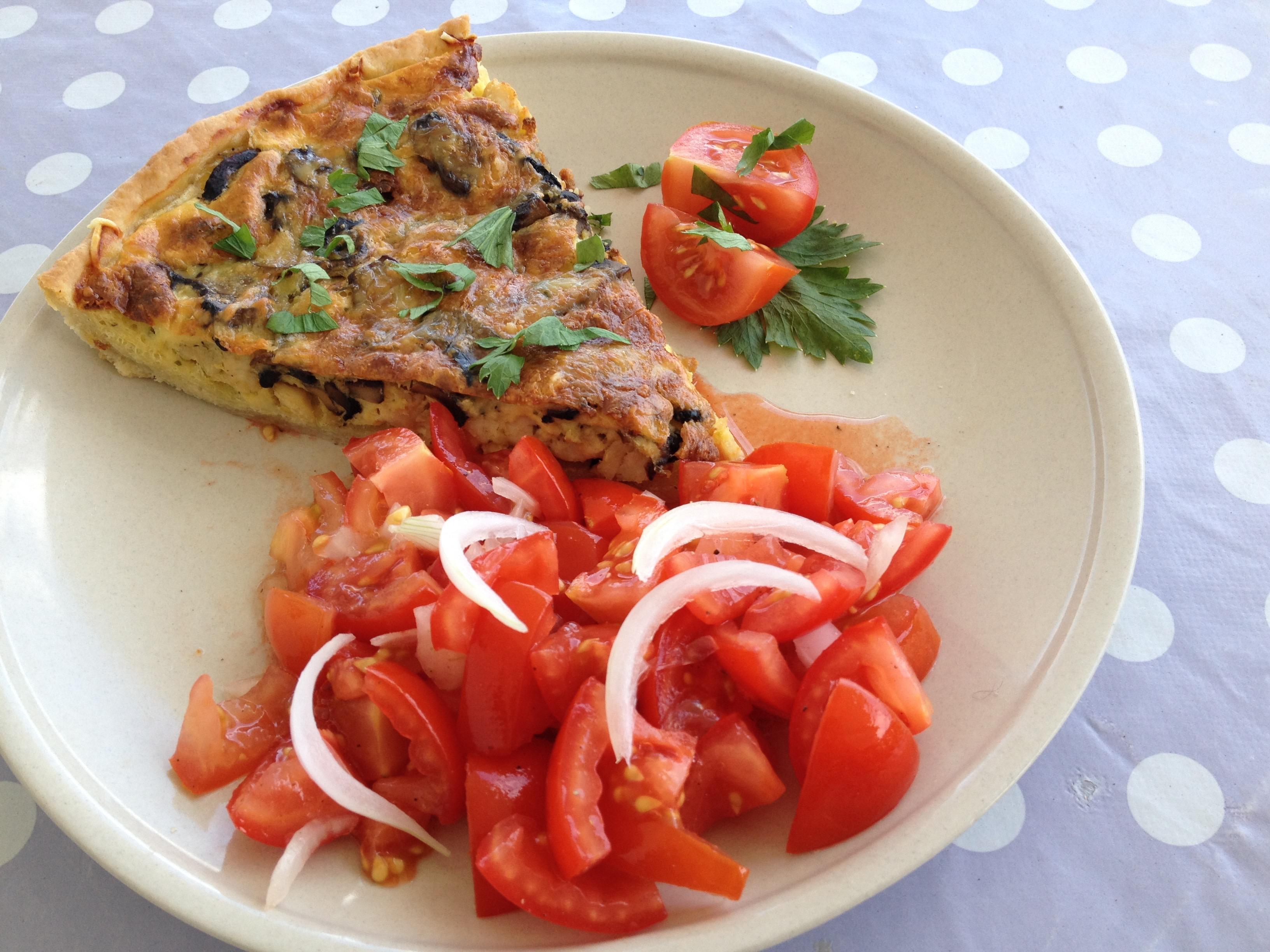 Chicken and mushroom pie un petit oiseau dans la cuisine for Un petit oiseau