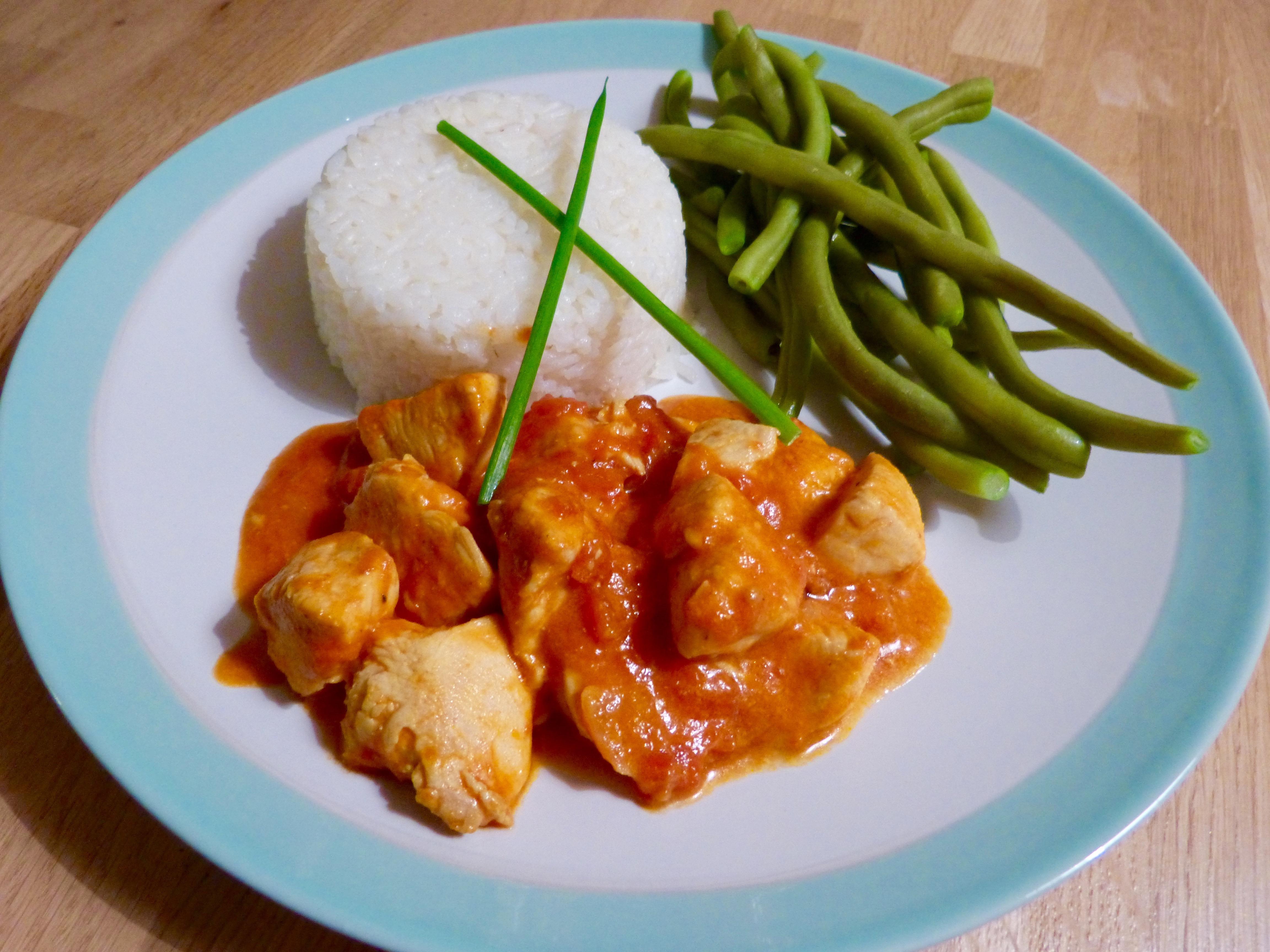 curry de poulet coco un petit oiseau dans la cuisine. Black Bedroom Furniture Sets. Home Design Ideas