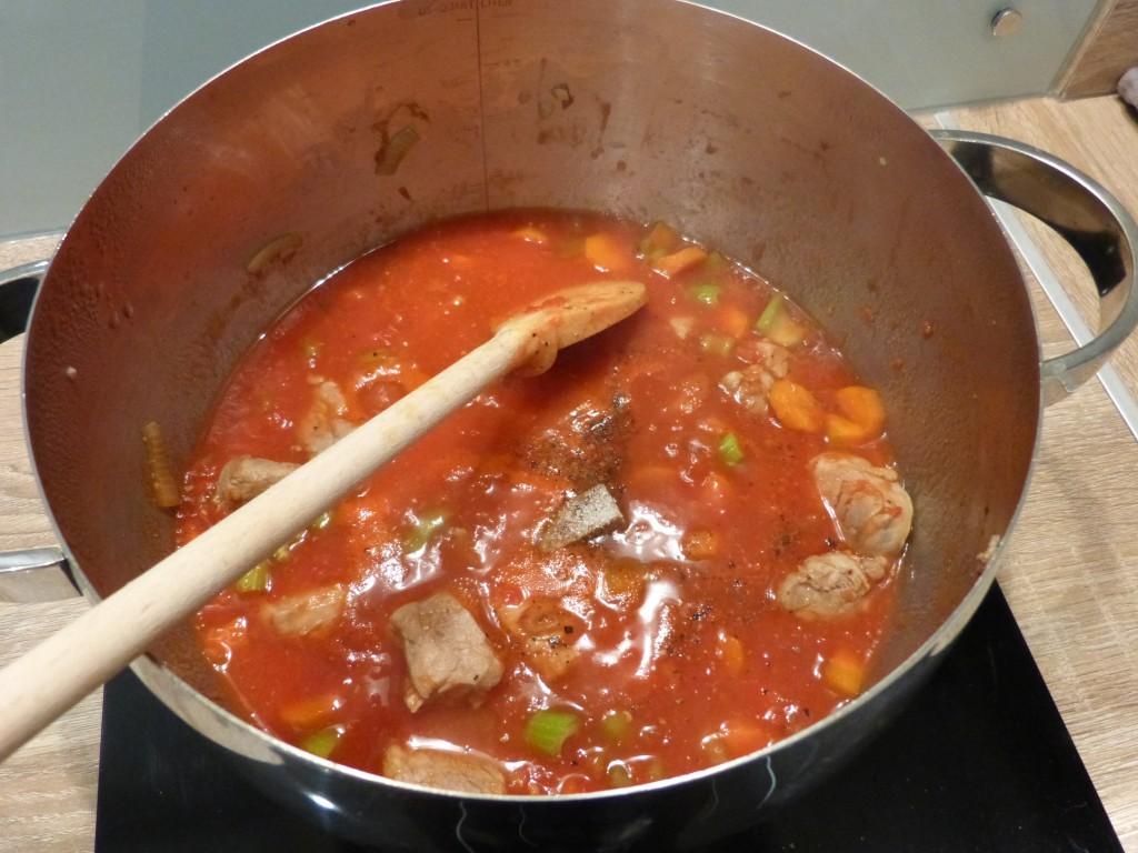 Filet mignon la tomate un petit oiseau dans la cuisine - Cuisiner un filet mignon de porc en cocotte ...