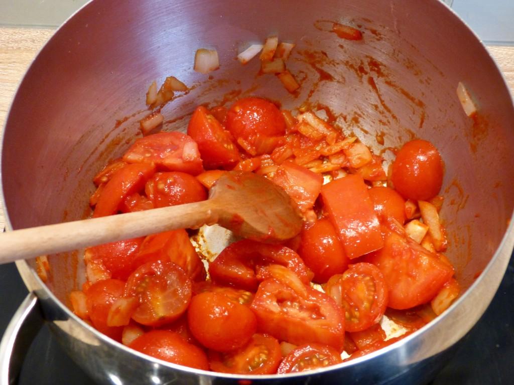 Soupe de tomate aux tortellini