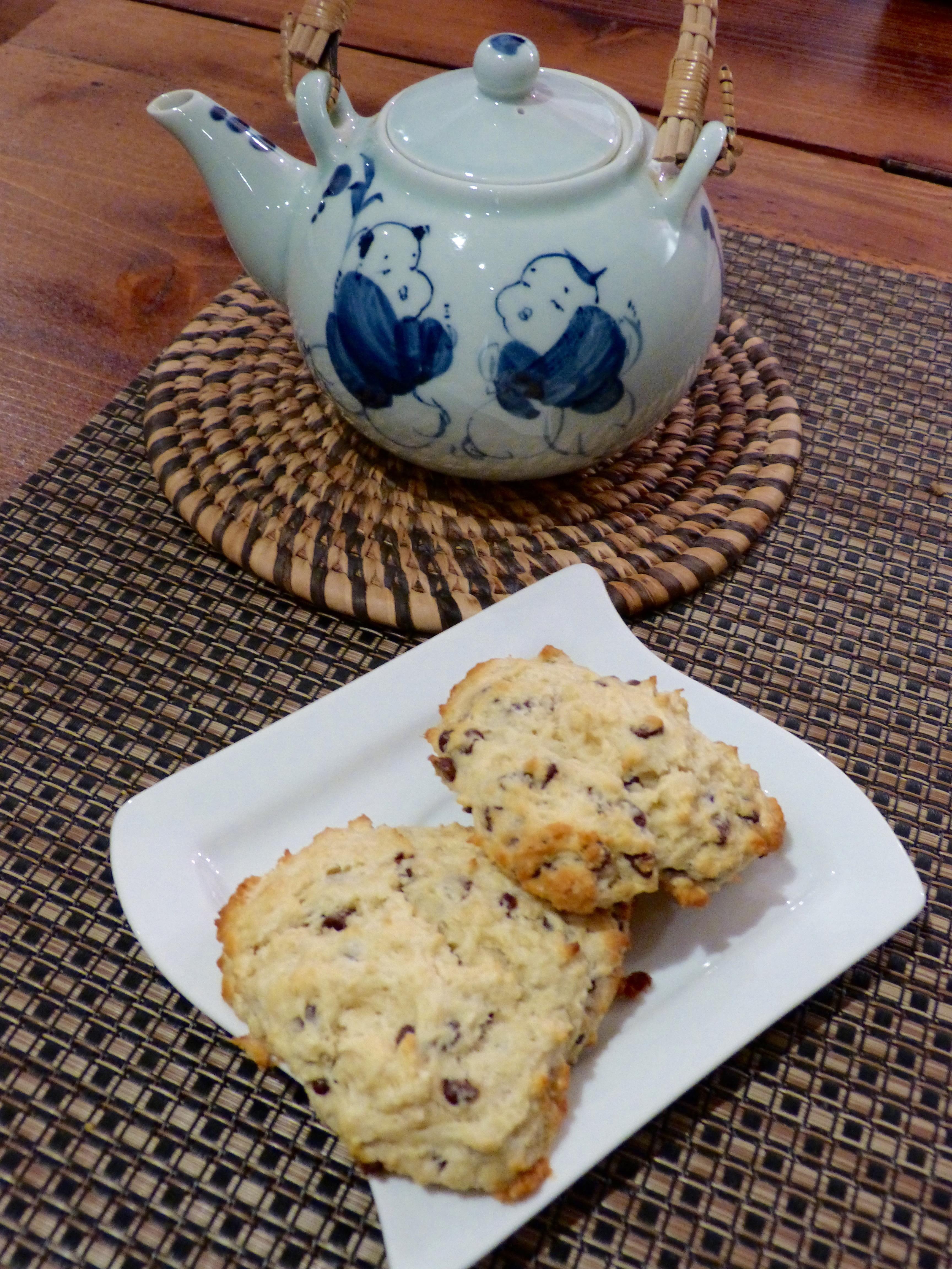 Chocolate chips scones un petit oiseau dans la cuisine for Un petit oiseau