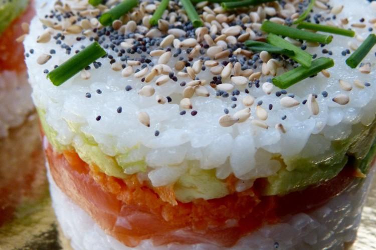 Chirashi façon Burger, sushis et makis