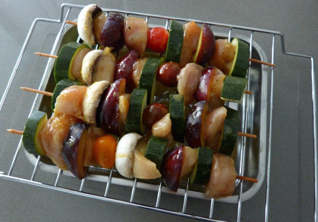 Brochettes de poulet et ses petits légumes