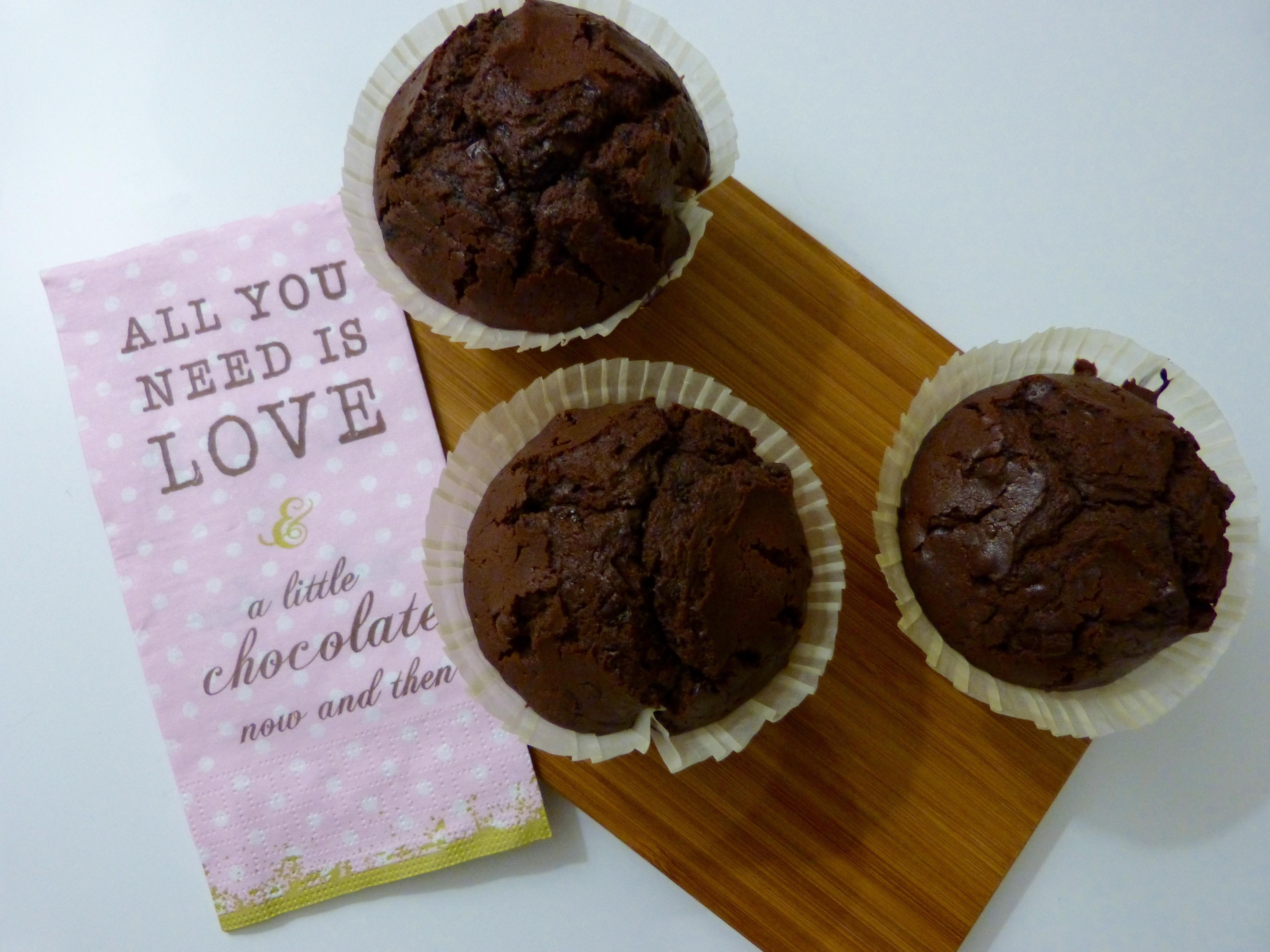 Double chocolate muffins un petit oiseau dans la cuisine for Un petit oiseau